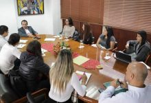 Capitana del Huila femenino, presente en reunión con Coldeportes