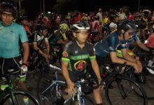 Sur de Neiva vibró con el ciclismo nocturno