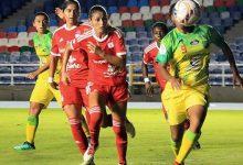 Nuevas denuncias laborales en el fútbol femenino