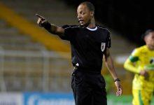 Por errores en partido, renuncia árbitro en Colombia