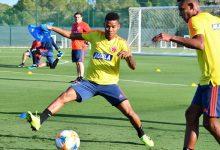 Selección Colombia ya entrena completa en España