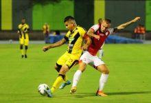 Ministro de Salud deja el fútbol con hinchas para el año entrante