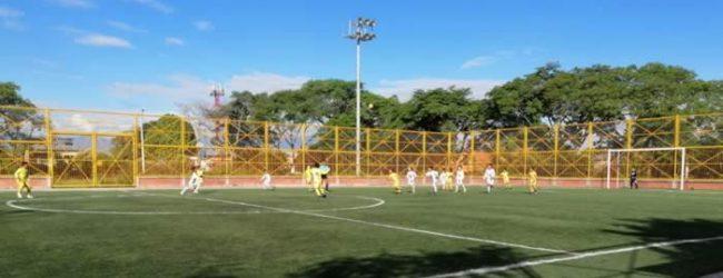 Clubes opitas de fútbol, en respirador artificial