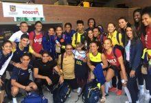 Menor opita con dificultad visual conoció a las voleibolistas del equipo nacional