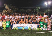 En Antioquia, Selección de fútbol playa enseñó este deporte a menores
