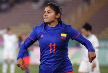 Catalina Usme pone las alarmas en el fútbol femenino