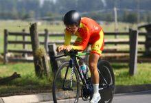 Victoria femenil colombiana en evento de ciclismo virtual