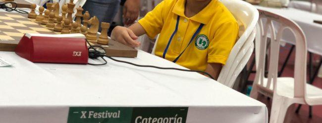 Huilense se destacó en torneo virtual de ajedrez en el Valle