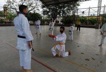 Ascensos y entrega de cinturones en Liga de Karate