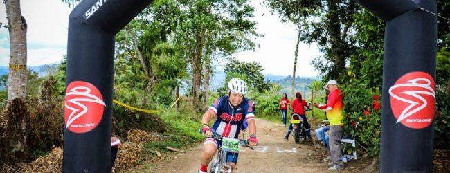 Ciclismo opita se solidarizó con el entrenador Alirio Chizabas