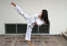 Taekwondista opita galardonada en su universidad