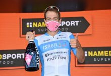 Británico se impone en la octava etapa del Giro, Gaviria fue octavo