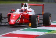 Doble podio de Montoya en la F4 italiana