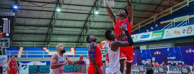 Titanes sigue de invicto en el baloncesto nacional