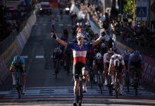 Demare repite fracción en el Giro