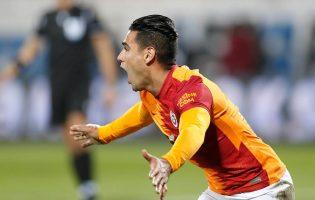 Galatasaray reacciona con gol…y expulsión de Falcao