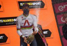Ganna repite en el Giro
