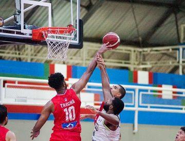Titanes intratable en el baloncesto nacional