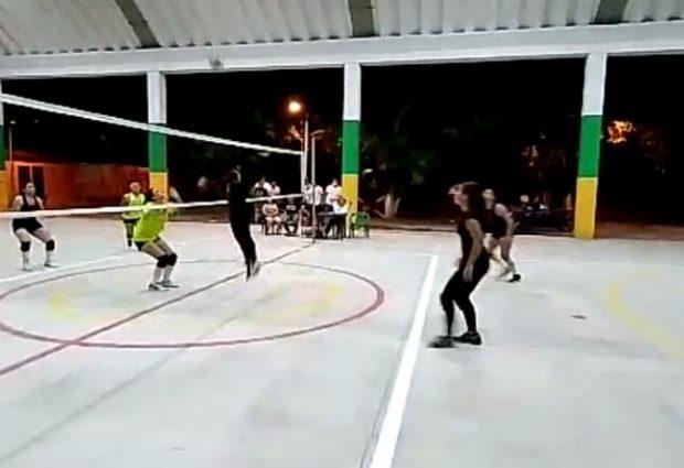 Volvió el voleibol a suelo opita