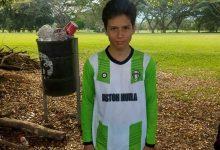 Futbolista opita del Aston Huila a Portugal