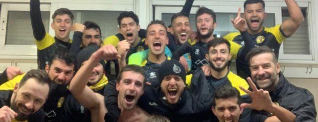 Debut con victoria de Andrés Bríñez
