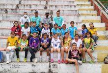 Selección femenina de fútbol comienza trabajos