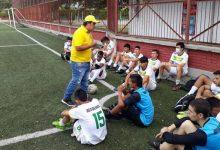 Club Aston Huila gestiona con un club argentino
