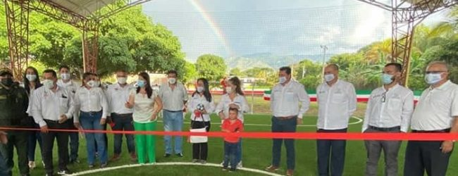 Campoalegre inaugura cancha sintética de minifútbol