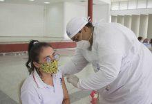 Vacunados docentes del Colegio Comfamiliar
